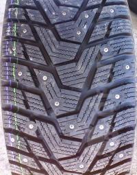 225/55/17 Зимние шины HANKOOK W429 XL 101T шип  в Луганске ЛНР
